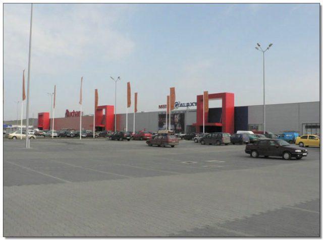 european retail park