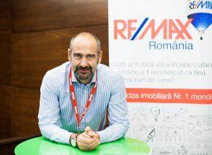Re Max