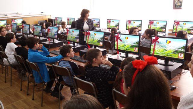 calculatoare kaufland scoli
