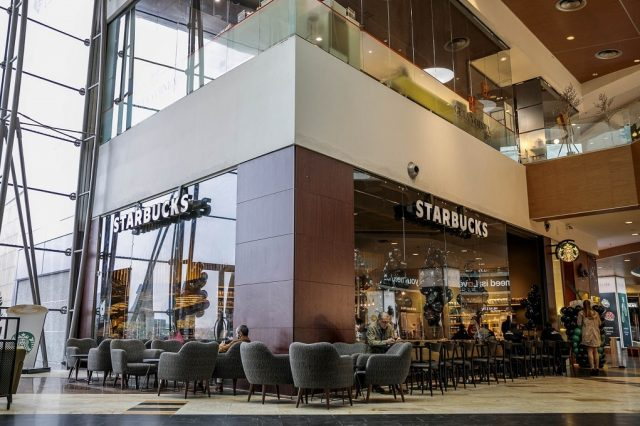 Starbucks Baneasa