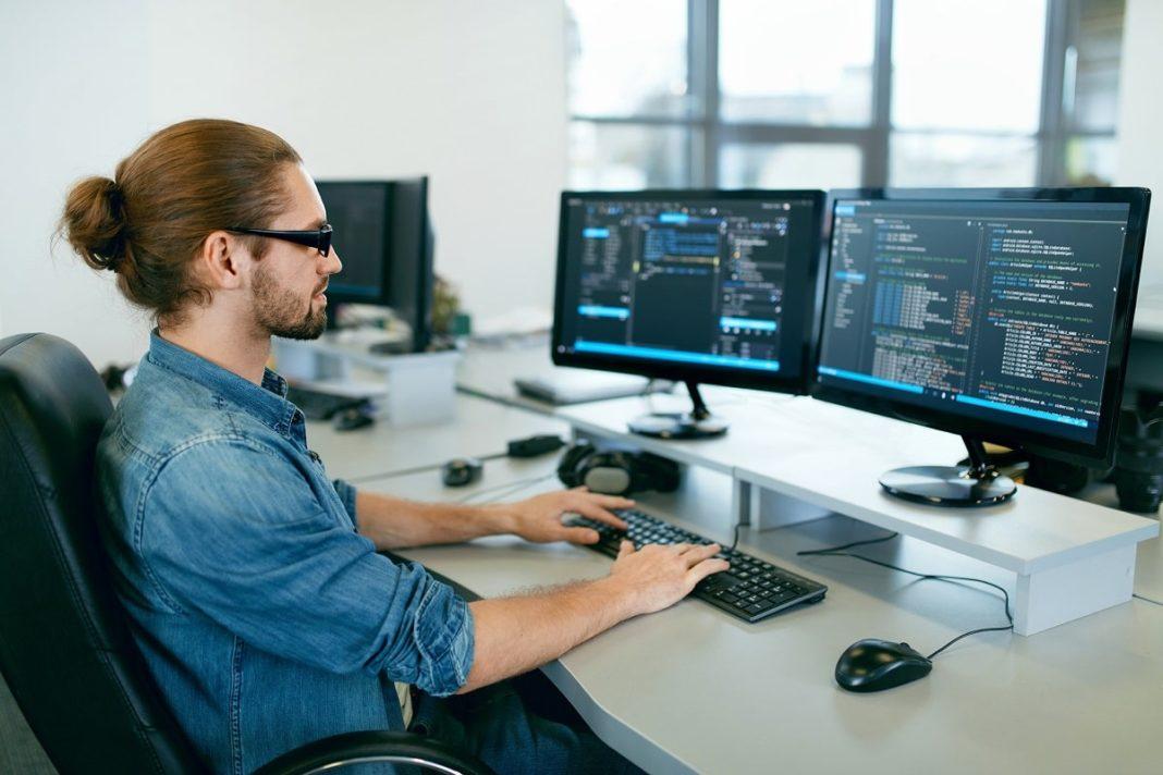 programator Hackathon