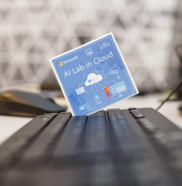 Laborator Microsoft dotat cu AI ASE