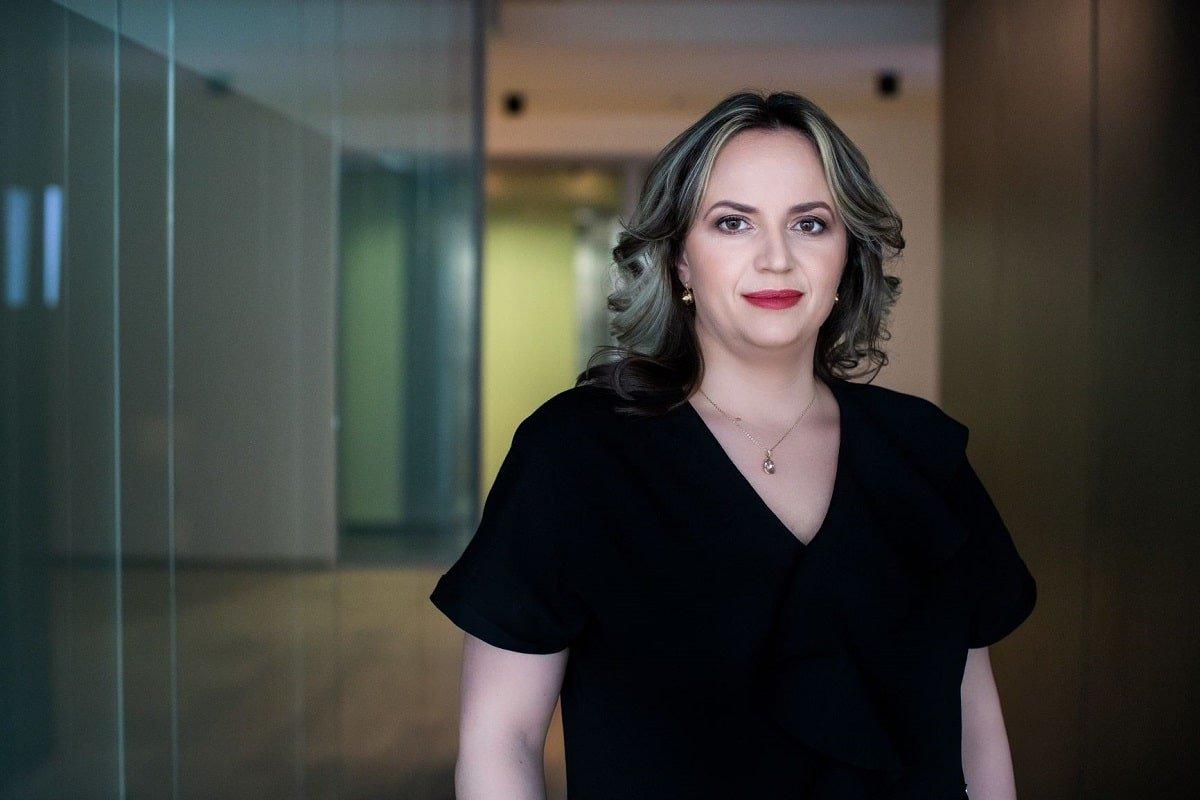 Claudia Sofianu EY Romania