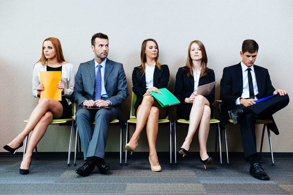 angajati la interviu