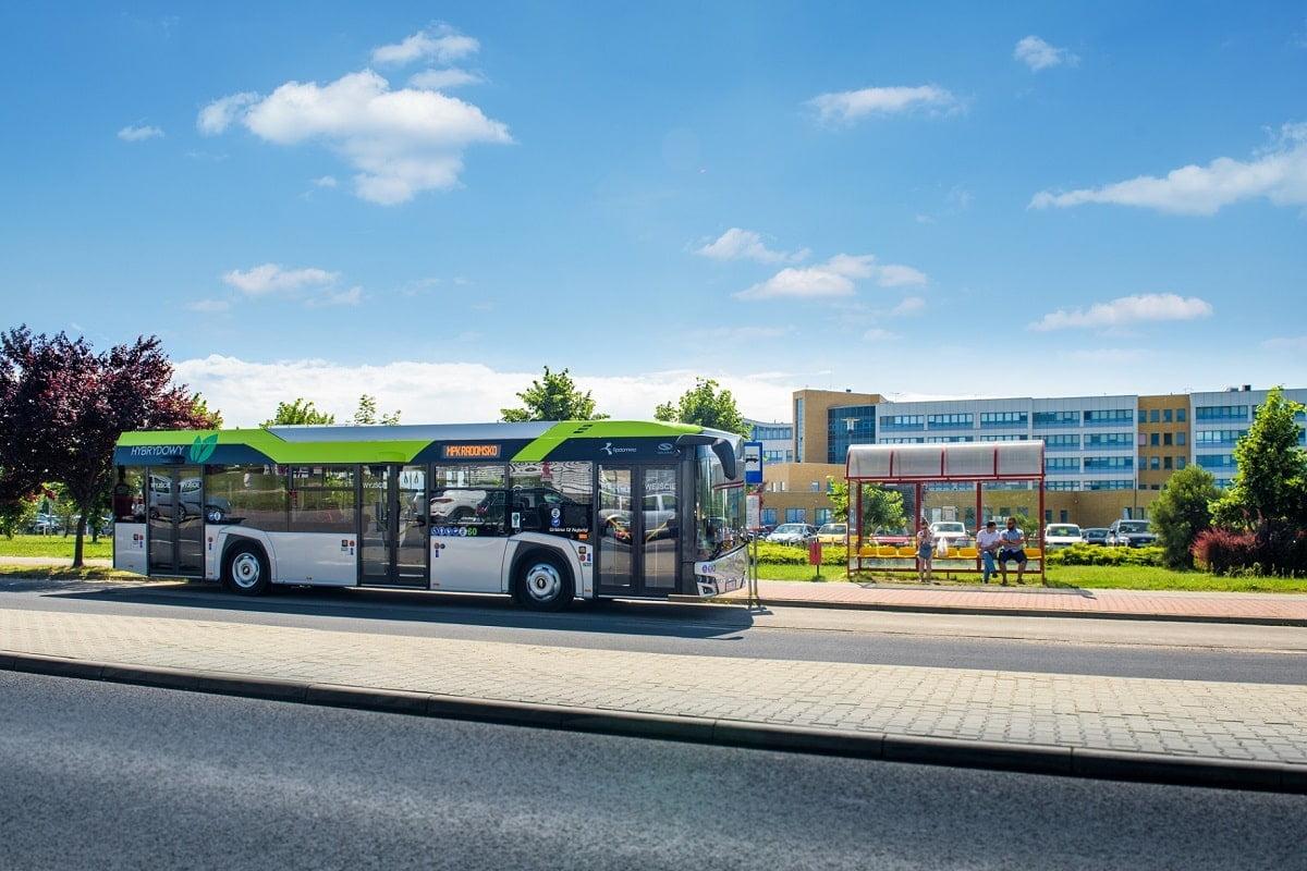 Autobuz hibrid Solaris Urbino 12
