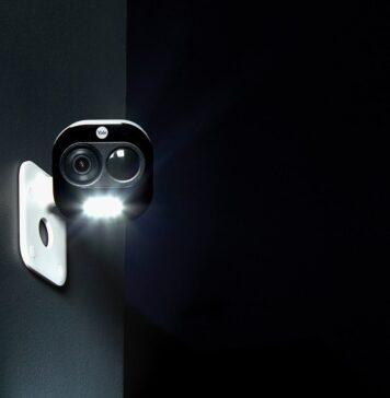 Yale Allinone camera