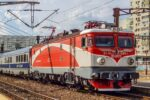 Tren CFR Calatori in Gara Basarab