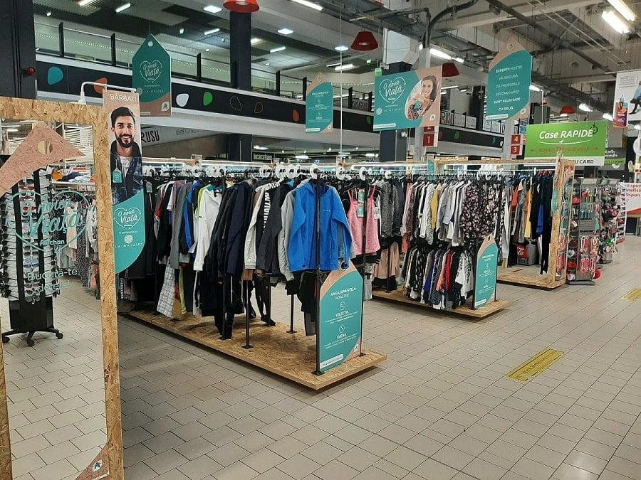 Haine la mana a doua in Auchan Targu Mures
