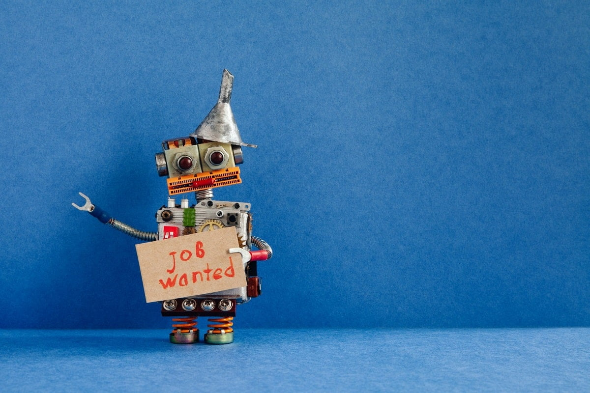 Dora robot recrutor