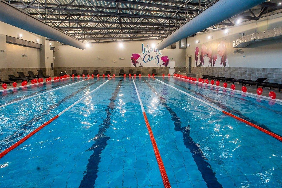 World Class swimming