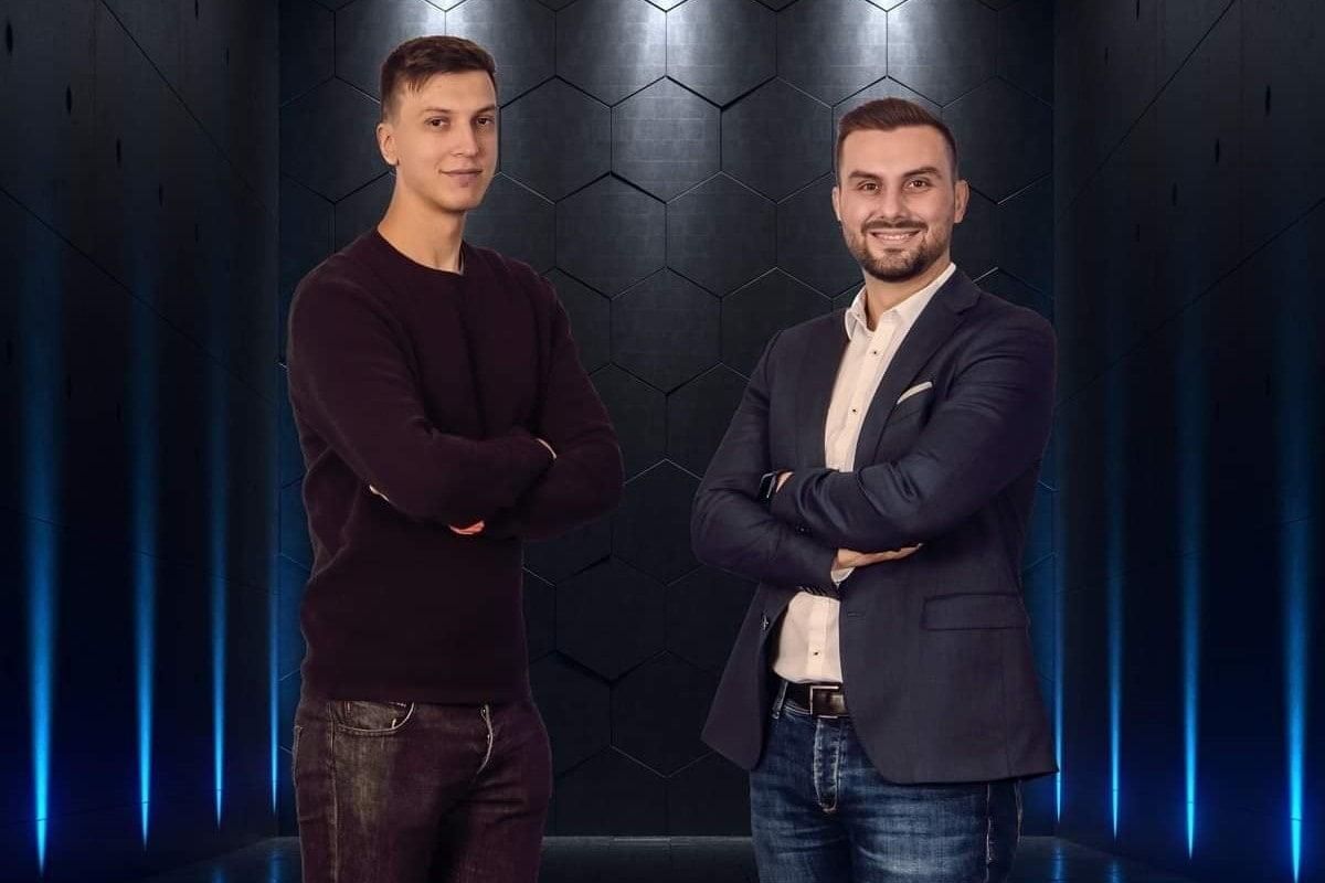 Ciprian si Iulian Cazacu fondatorii easySales