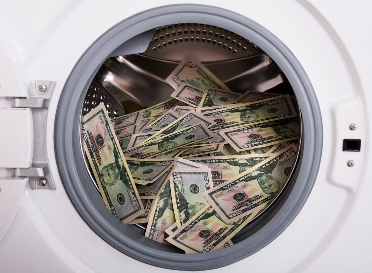 spalare bani